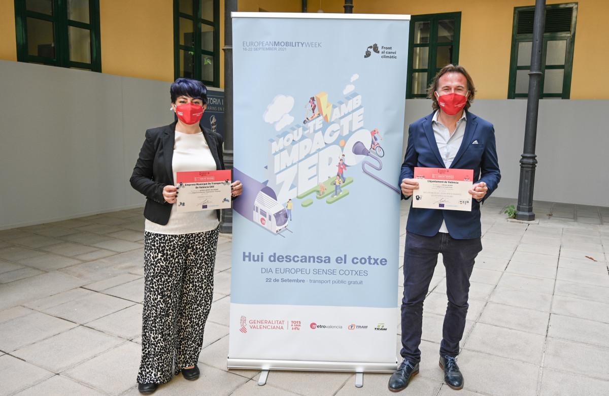Giuseppe Grezzi y Marta Serrano recogen los galardones