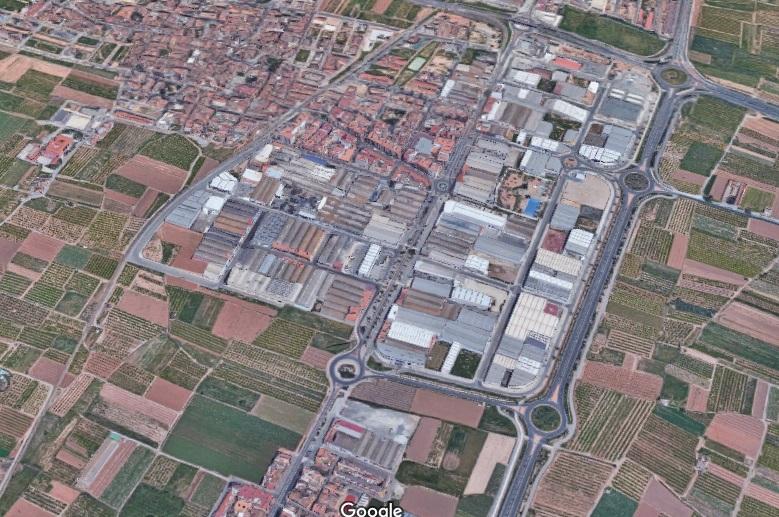 Vista aérea de la CV-300 a su paso por Museros (a la izquierda de la vía). Foto: Google Maps