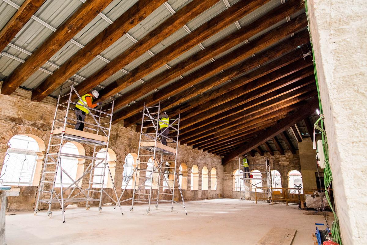 Los trabajos de adecuación incluyen la rehabilitación de la andana del edificio