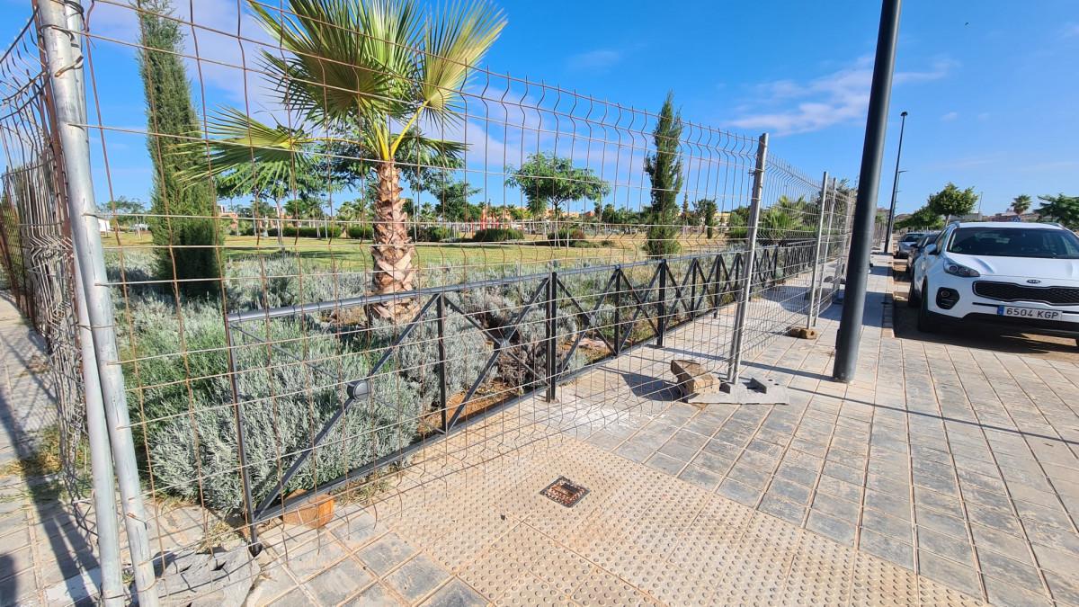 Albal Parc Benamà valla perimetral obres
