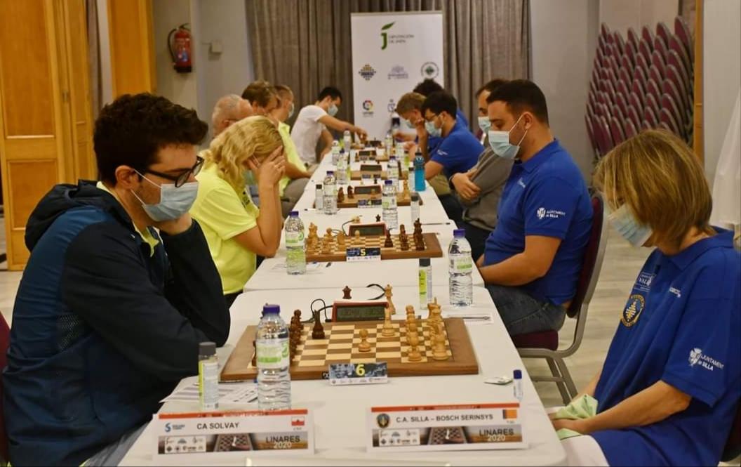club ajedrez silla